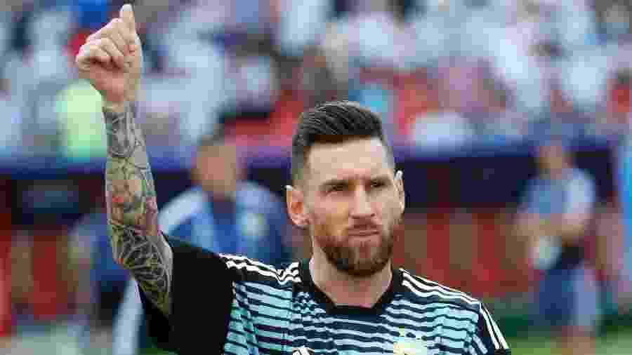 Messi acena para a torcida antes de duelo contra a França - Felipe Trueba/EFE