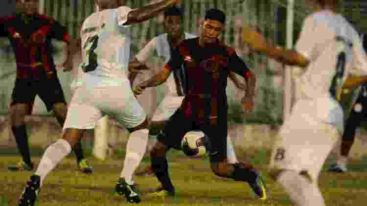 Íbis x Ferroviário na Série A-2 de Pernambuco - Ricardo Fernandes/Spia Photo - Ricardo Fernandes/Spia Photo