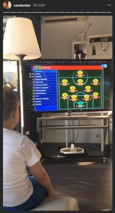 Filho de Neymar, David Lucca, acompanha estreia da seleção brasileira na Copa pela televisão