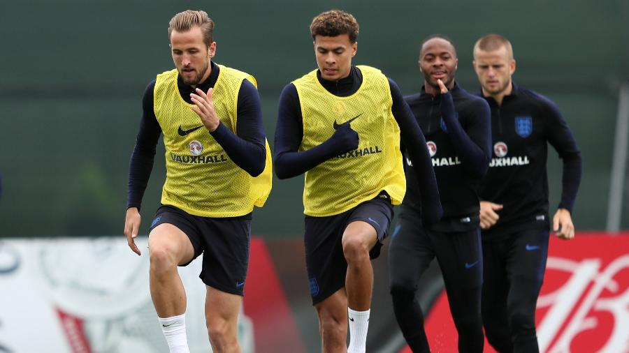 Harry Kane e Dele Alli, durante treino da Inglaterra - REUTERS/Lee Smith