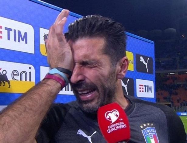 Buffon chora após Itália não conseguir vaga na Copa do Mundo de 2018