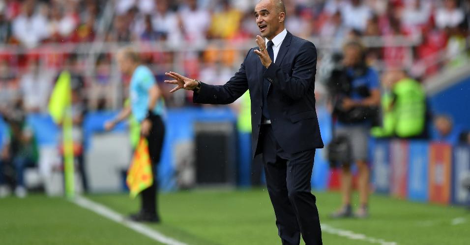 Técnico Roberto Martinez no duelo Bélgica x Tunísia