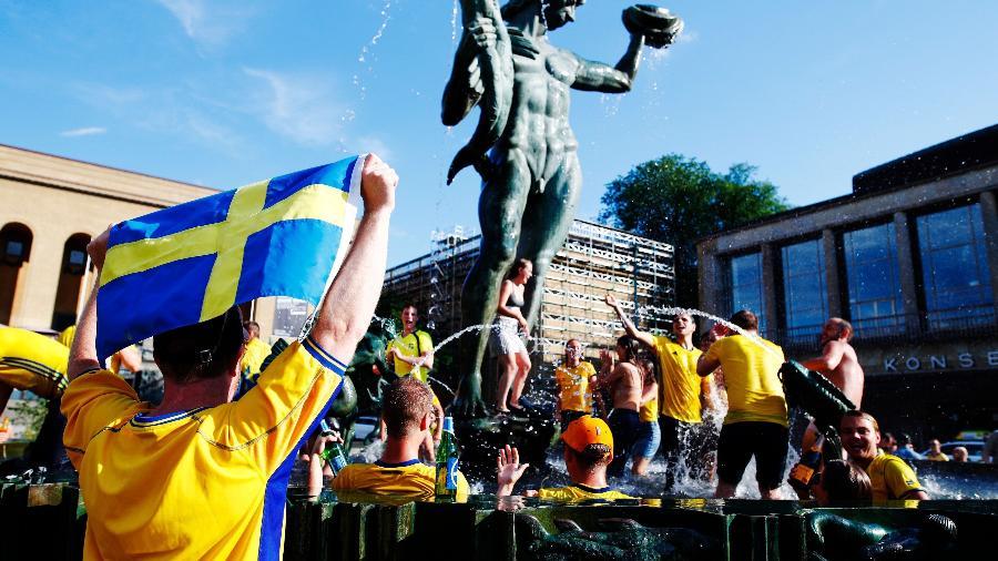 Torcedores suecos comemoraram classificação em Gotemburgo - Thomas JOHANSSON/AFP Photo