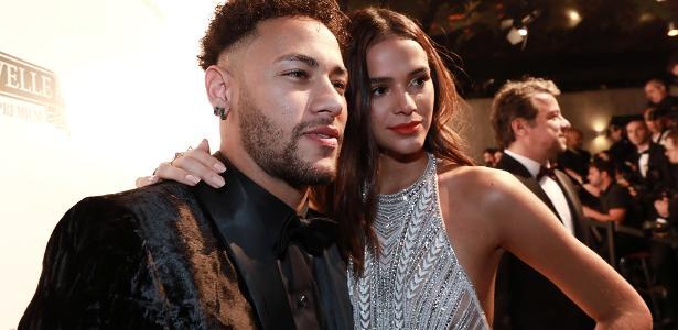 Neymar e Marquezine participam de evento em junho