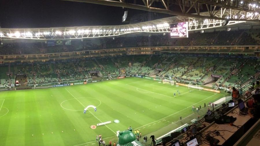 Mosaico no Allianz Parque manda força para seleção na Copa