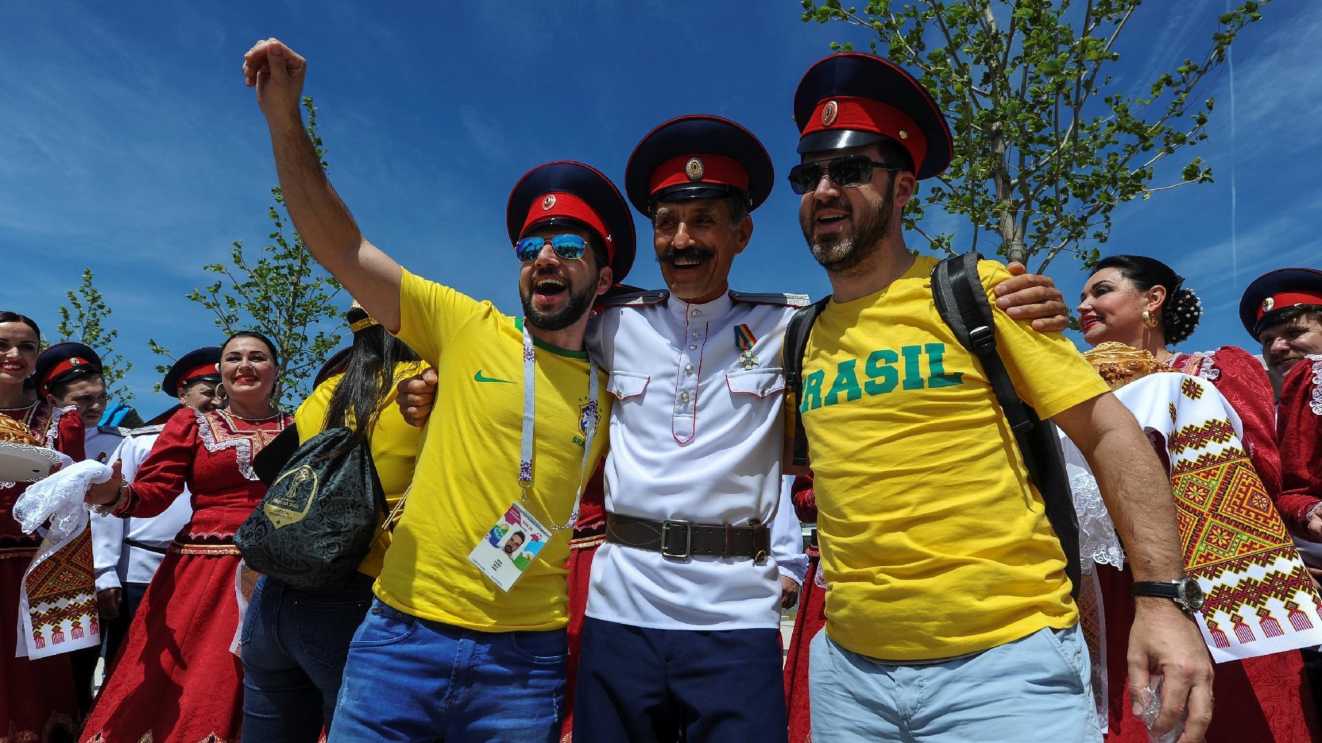 Torcedores já se concentram em Rostov para estreia do Brasil