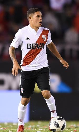 Juan Quintero atualmente defende o River Plate