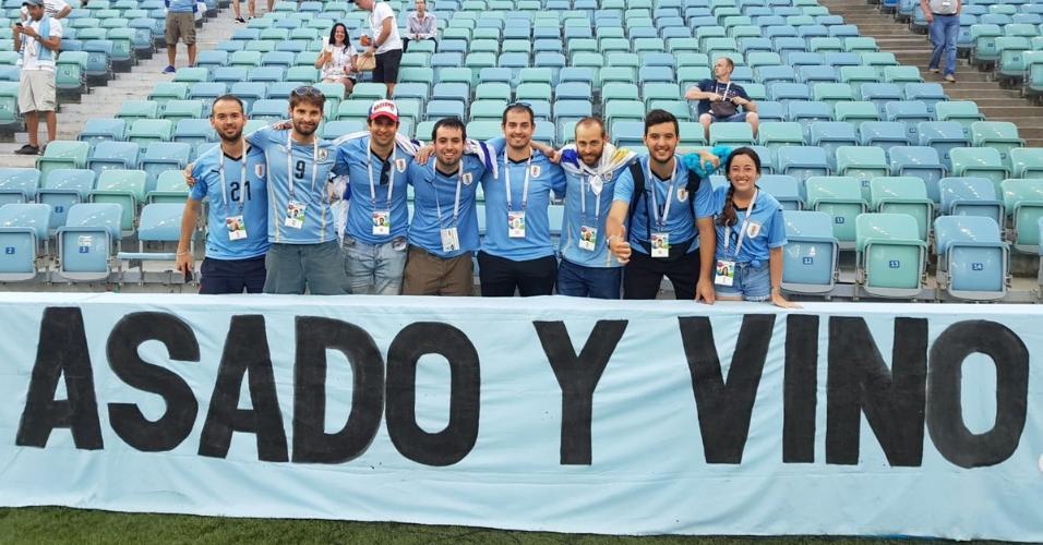 Asado y vino Uruguai faixa
