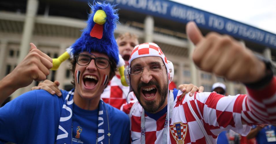 Torcedores de Croácia e França antes da final da Copa do Mundo
