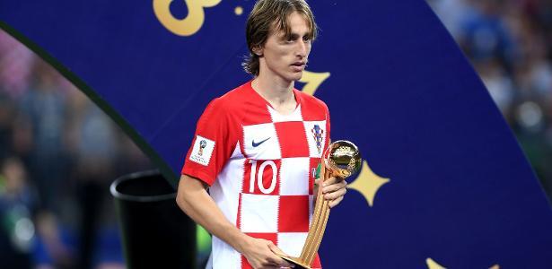 Copa do Mundo 2018  Croata Luka Modric é eleito o melhor jogador da Copa do  Mundo de 2018 - UOL Copa do Mundo 2018 ea593e24462d2