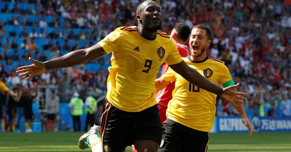 Romelu Lukaku comemora gol no duelo Bélgica x Tunísia
