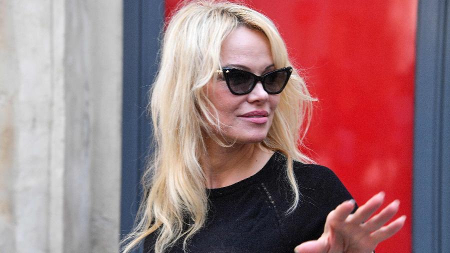 Pamela Anderson é fotografa em evento em Nimes, na França, em maio de 2018 - Pascal Guyot/AFP