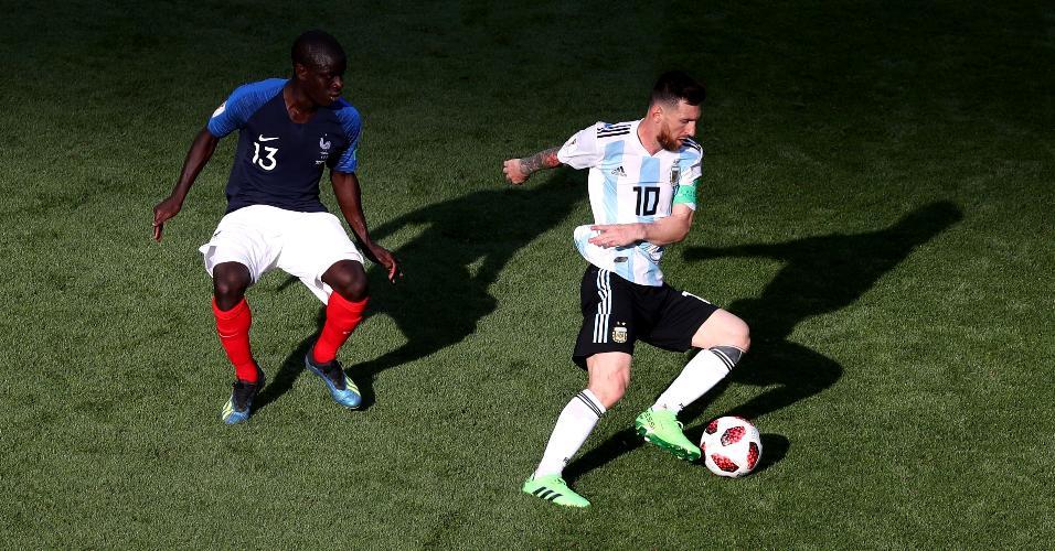 Kanté, da França, marca Messi, da Argentina