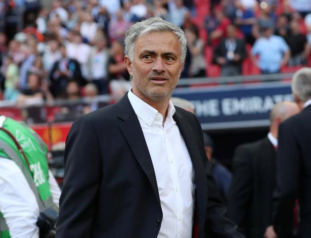 """Mourinho afirmou que não irá comentar atuação dos jogadores após """"partidas ruins"""" - Lee Smith/Reuters"""