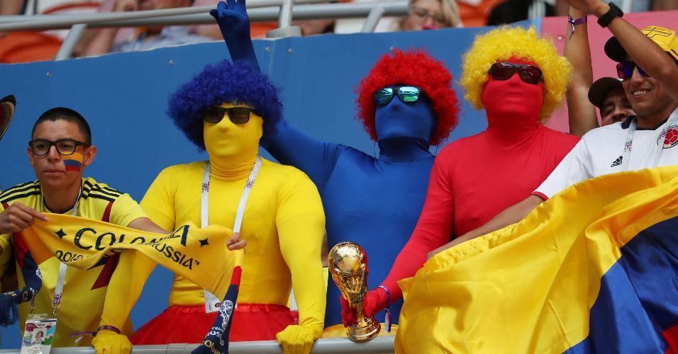 Torcedores da Colômbia antes do duelo contra o Japão na Arena Mordovia