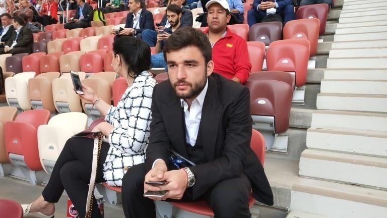 Zagueiro russo Georgi Dzhikiya na Cerimônia de Abertura da Copa do Mundo