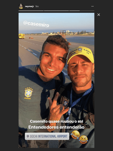 Neymar posta foto brincando com Casemiro - Reprodução - Reprodução