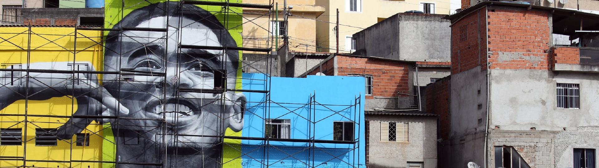 Mural com o rosto de Gabriel Jesus no Jardim Peri (SP)