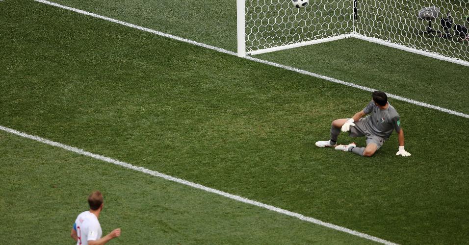 Harry Kane marca o sexto gol da Inglaterra sobre o Panamá