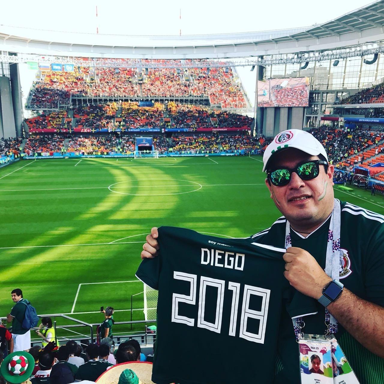 cc76aaca77 México na Copa 2018  Mexicano que perdeu a família emociona a Copa