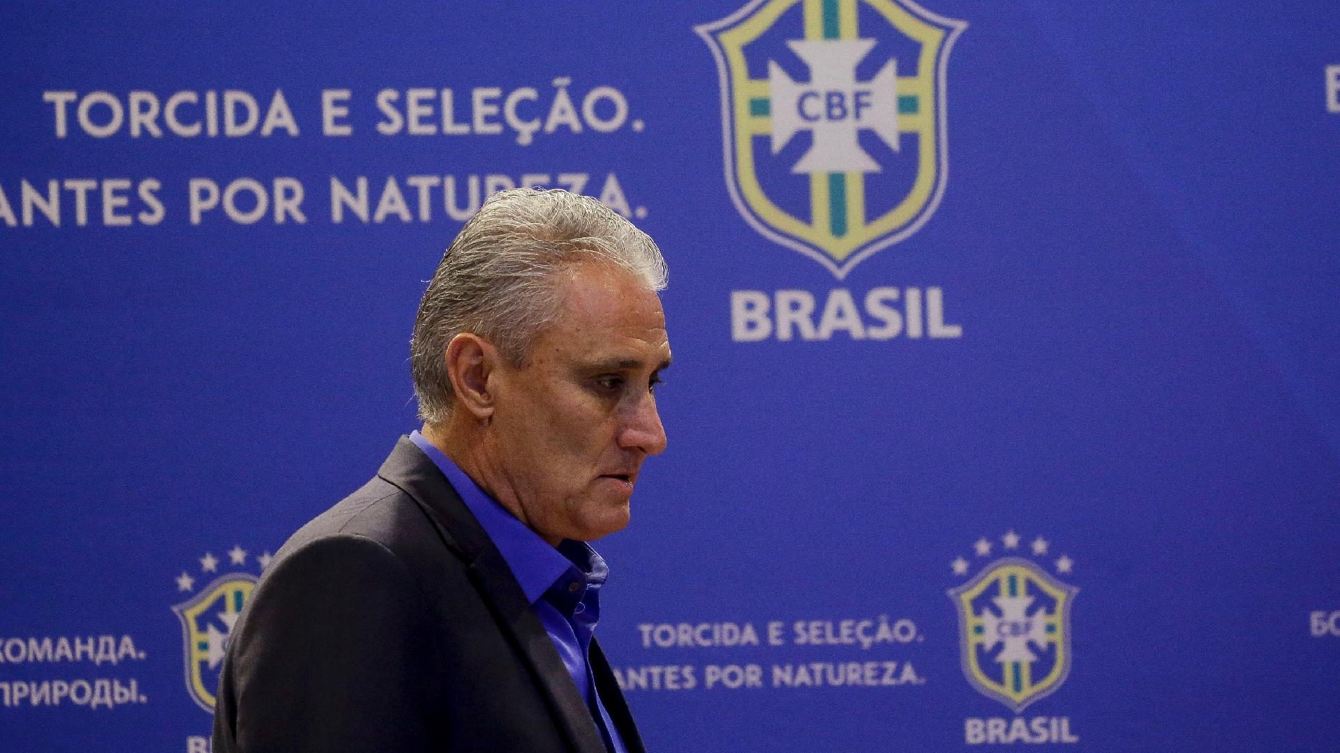 Em entrevista coletiva, Tite convoca a seleção brasileira para a Copa do Mundo de 2018, na Rússia