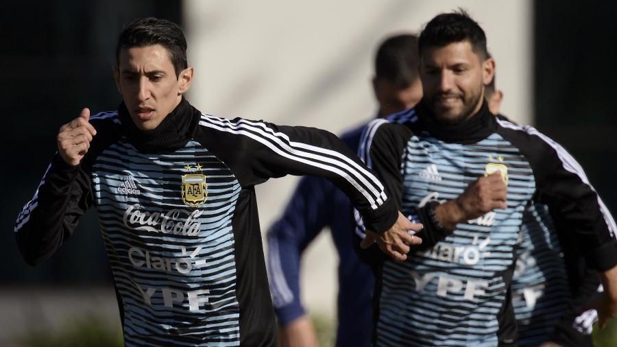 Di María e Aguero não foram lembrados por Lionel Scaloni na seleção argentina - JUAN MABROMATA/AFP