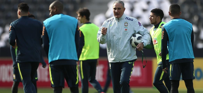 Brasil pega maior carrasco para fechar testes e encaminhar time da Copa 622f9be5b3c25