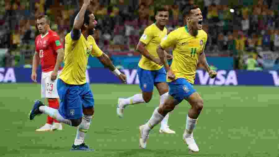 Philippe Coutinho comemora gol do Brasil diante da Suíça em jogo pela Copa do Mundo de 2018 - Marko Djurica/Reuters