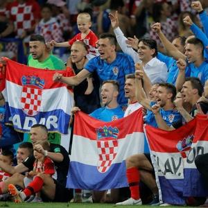 cro x ing - semifinalZebra xadrezCroácia vence na prorrogação e chega à sua  primeira final de Copa c029ed136e423