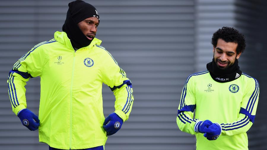 Drogba e Salah foram companheiros de Chelsea quando o egípcio começava a carreira - Paul Gilham/Getty Images