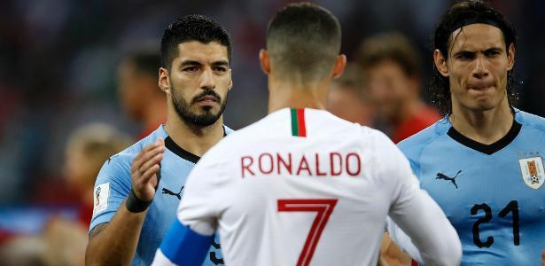 Forlán compara saída de Suárez do Barça com CR7 do Real: 'Enorme erro'