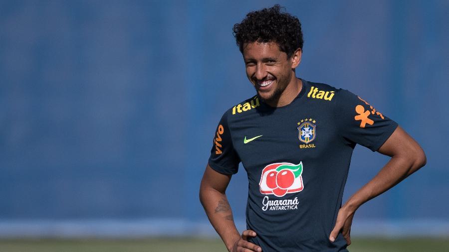 Marquinhos sorri durante treino da seleção brasileira - Pedro Martins / MoWA Press