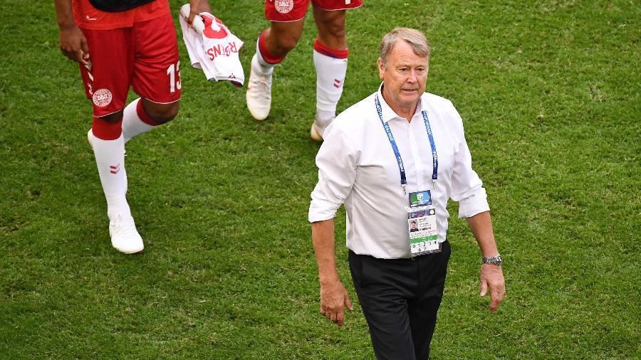 Age Hareide, técnico da Dinamarca, após empate por 1 a 1 contra a Austrália - AFP PHOTO / EMMANUEL DUNAND