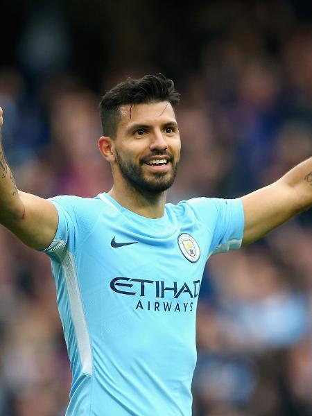 Agüero em ação pelo Manchester City - Alex Livesey/Getty Images