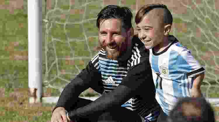 Lionel Messi e Diego Serpentini durante treino da seleção argentina - ALEJANDRO PAGNI/AFP - ALEJANDRO PAGNI/AFP