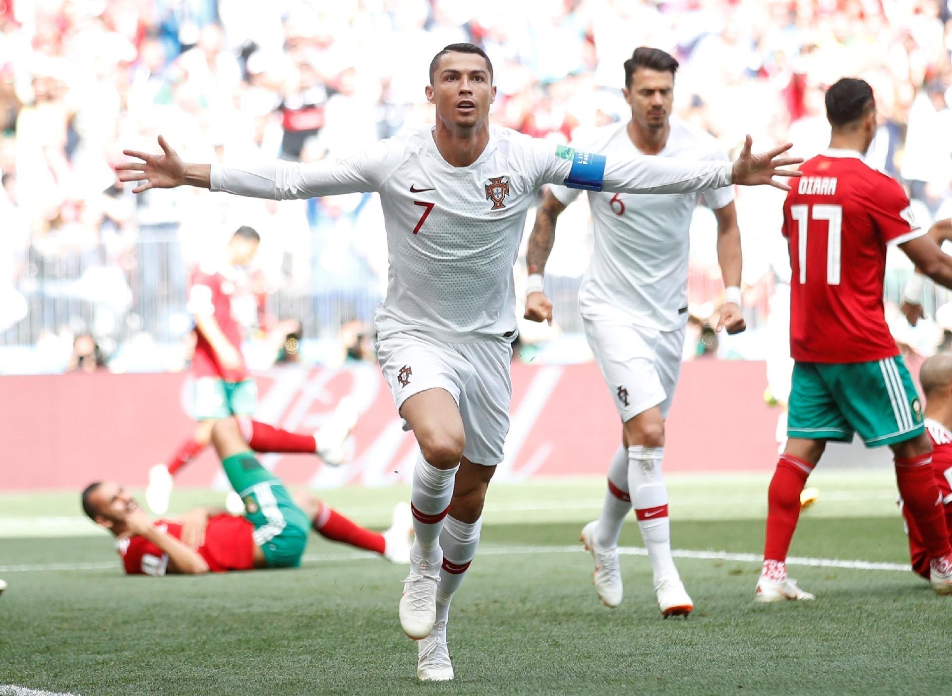 Cristiano Ronaldo rende mais que estrelas como Messi 3c3539a4ede4d