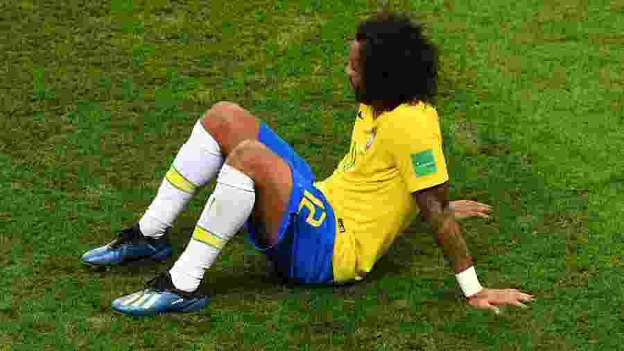 1035683ee3 Seleção  Renovação para 2022 põe Dani Alves