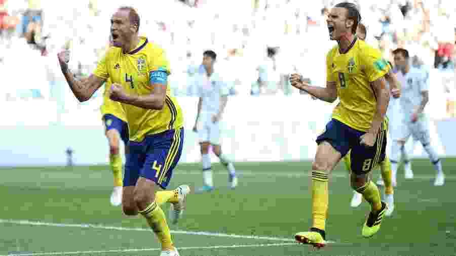 Andreas Granqvist comemora gol da Suécia contra a Coreia do Sul - Clive Brunskill/Getty Images