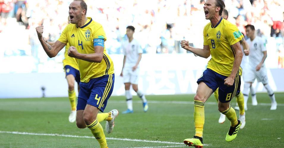 Andreas Granqvist comemora gol da Suécia contra a Coreia do Sul