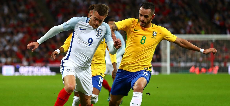 7f5e4df8262bb Seleção vai estrear camisas da Copa em amistosos contra Rússia e ...