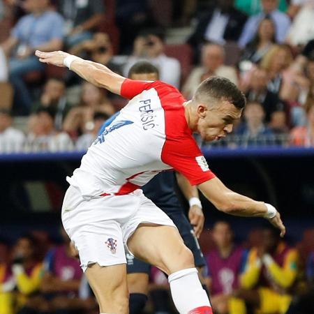 Ivan Perisic em ação pela Croácia - Darren Staples/Reuters