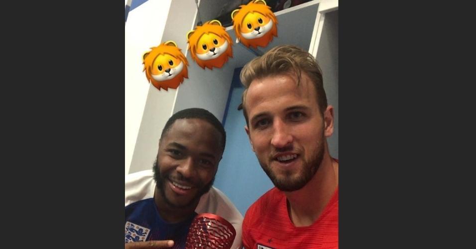 Harry Kane recebe o troféu de homem do jogo entre Tunísia x Inglaterra