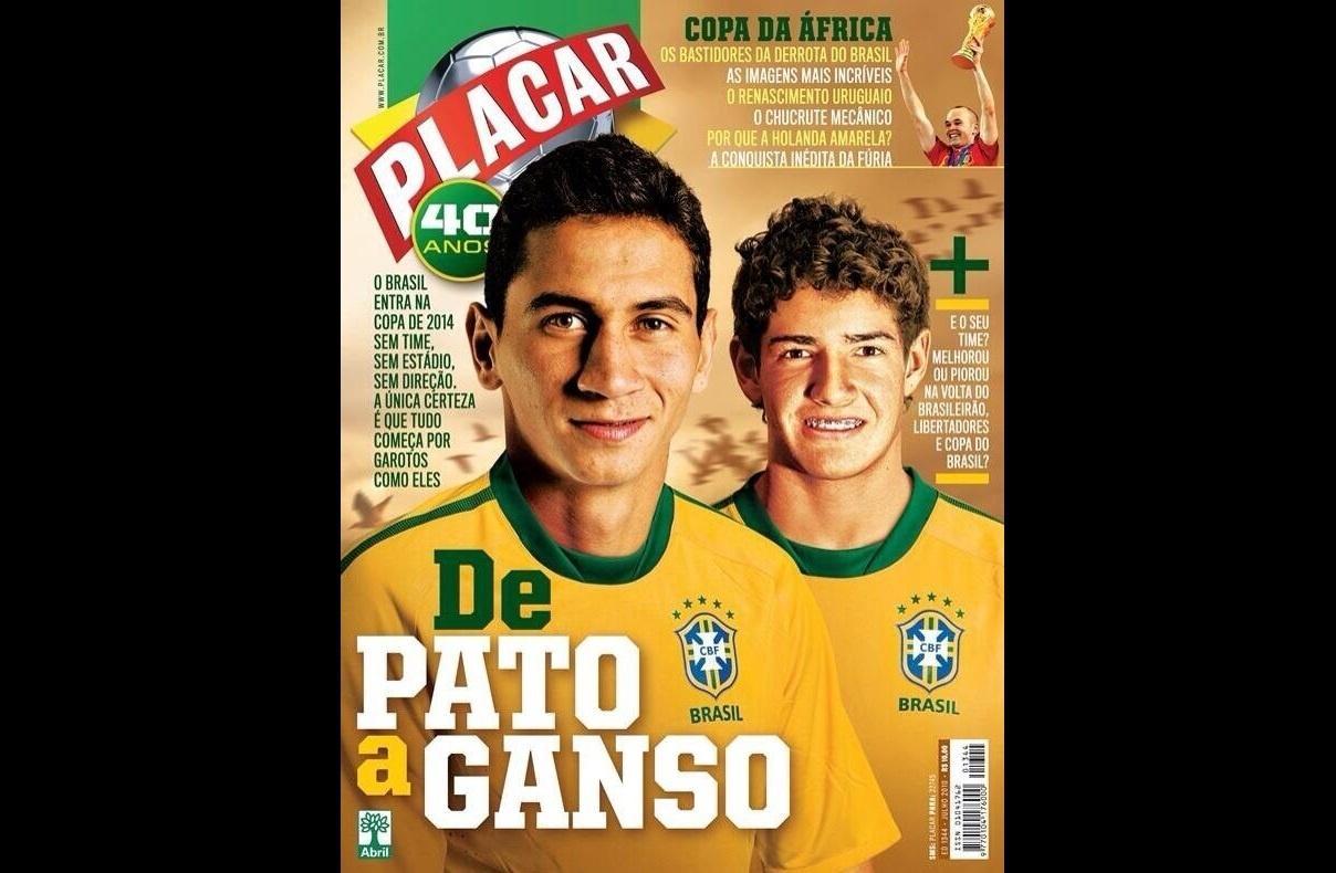 Capa da revista Placar em 2010 destacava o futuro da seleção brasileira com Ganso e Pato