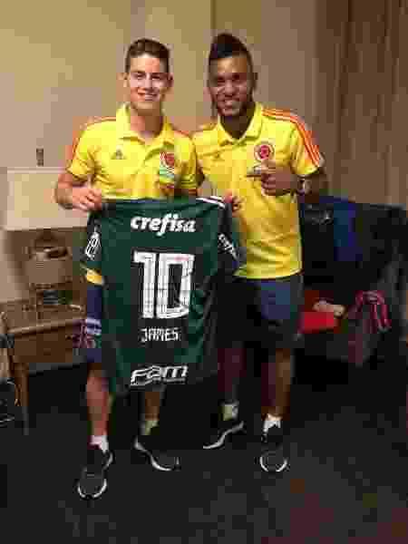 Presente foi entregue por Miguel Borja, companheiro de seleção colombiana - Divulgação