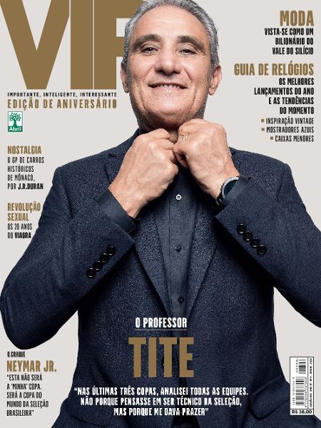 Tite na capa da edição de aniversário da revista VIP - Divulgação