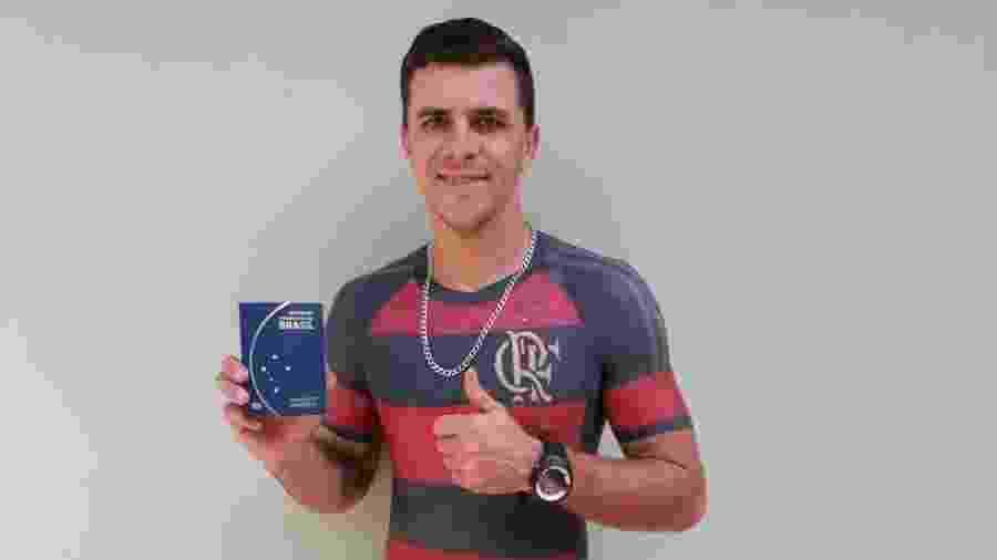 57c75eccd8 Maurício dos Anjos vai à Rússia para assistir um jogo do Brasil na Copa  Imagem  Arquivo Pessoal