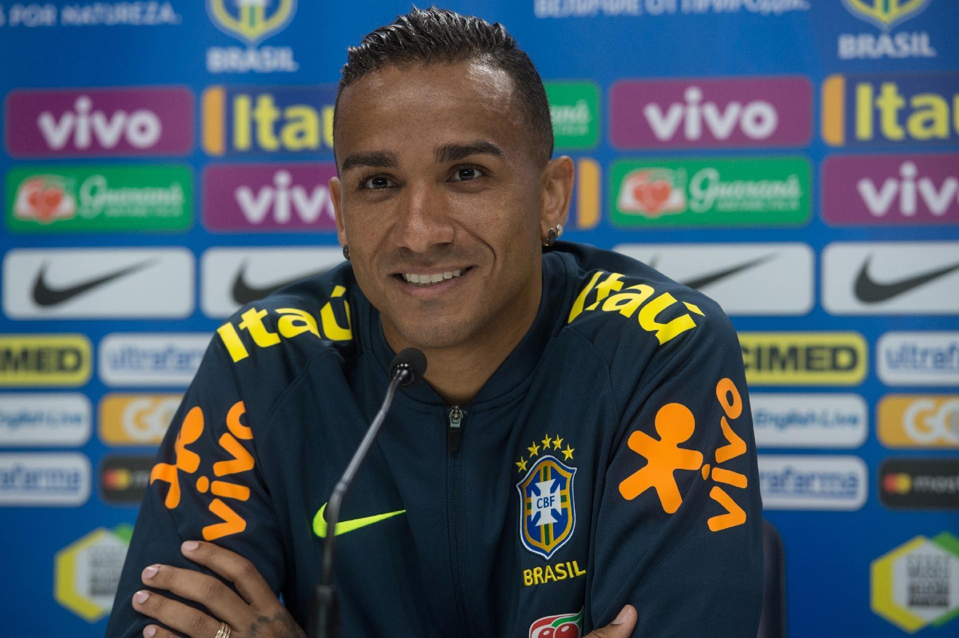 Resultado de imagem para Danilo seleção brasileira