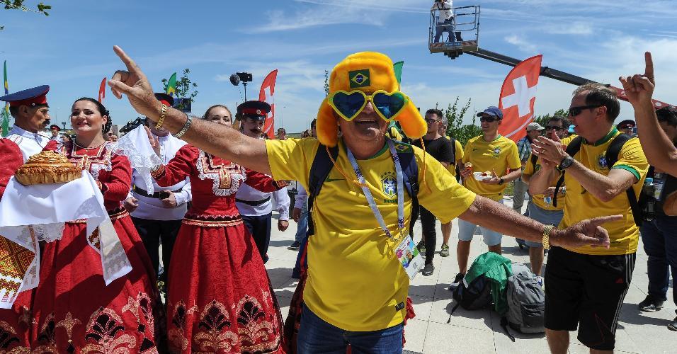 Torcedores brasileiros já estão ao redor da Arena Rostov