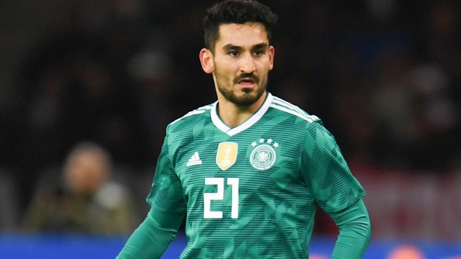 Ilkay Gundogan pela Alemanha contra o Brasil; jogador teve atuação criticada - Patrik Stollarz/AFP