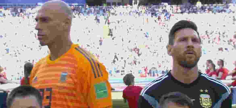 Caballero de costas para Lionel Messi, mas de frente para a bandeira  Argentina Imagem  Reprodução 798d189ce4